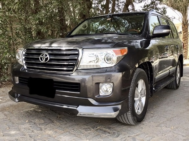 Used 2015 Toyota Land Cruiser for sale in abudhabi