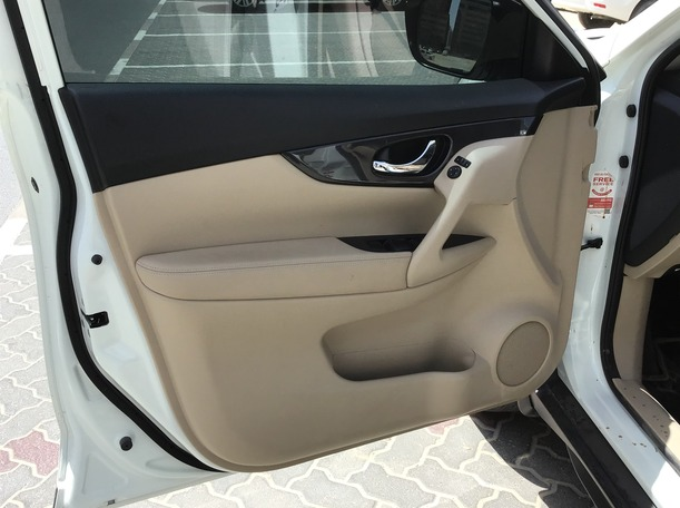 Used 2020 Nissan X-Trail for sale in sharjah