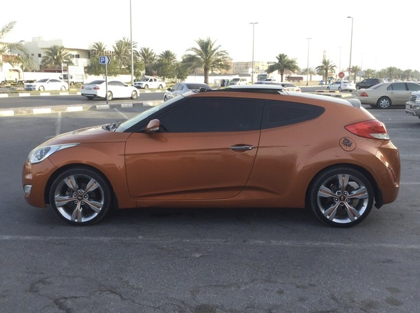 Used 2014 Hyundai Veloster for sale in sharjah