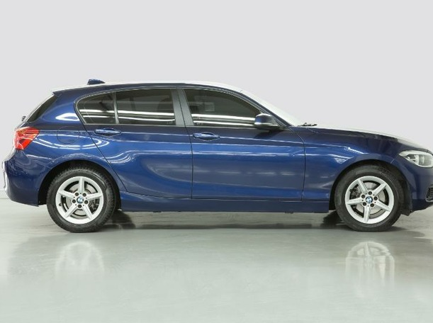 Used 2019 BMW 120 for sale in dubai