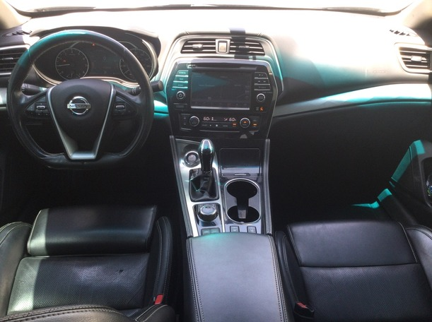 Used 2017 Nissan Maxima for sale in sharjah