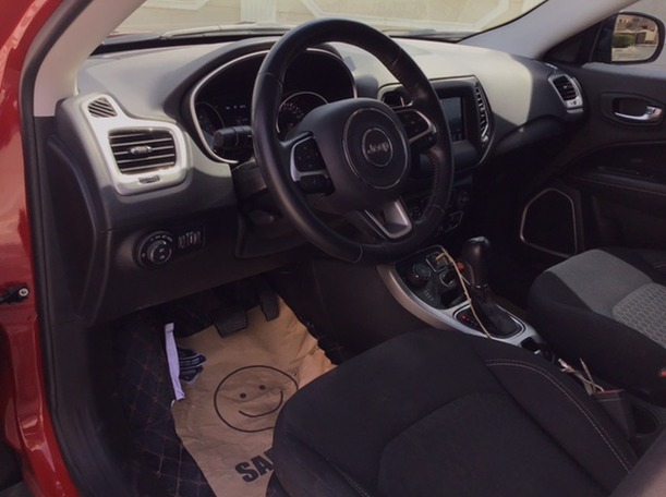 Used 2019 Jeep Compass for sale in abudhabi