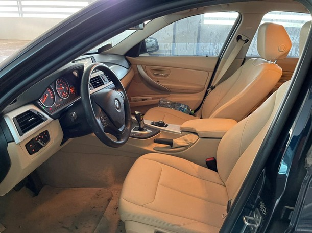 Used 2013 BMW 320 for sale in dubai