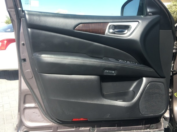 Used 2016 Nissan Pathfinder for sale in sharjah