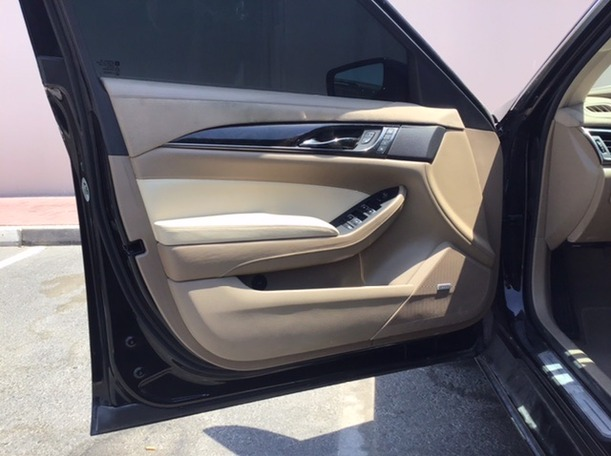 Used 2016 Cadillac CTS for sale in dubai