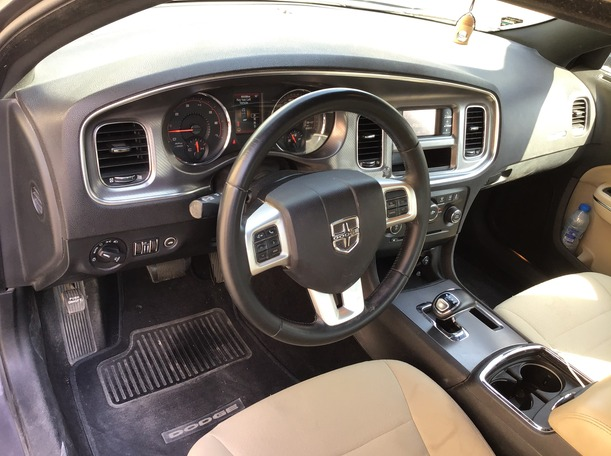 Used 2014 Dodge Charger for sale in dubai