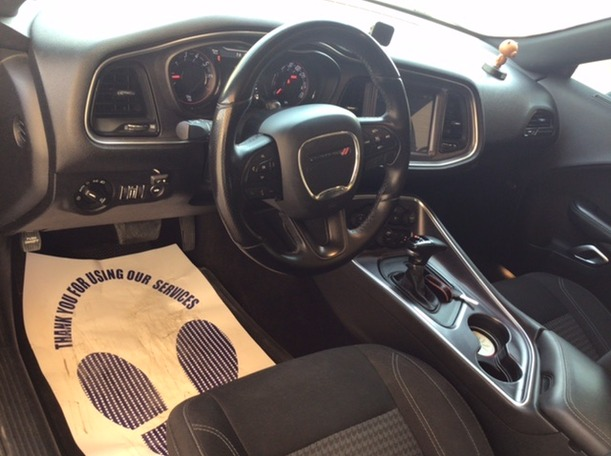 Used 2017 Dodge Challenger for sale in abudhabi
