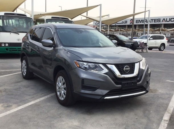 Used 2019 Nissan Rogue for sale in sharjah
