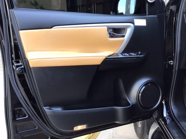 Used 2019 Toyota Fortuner for sale in abudhabi