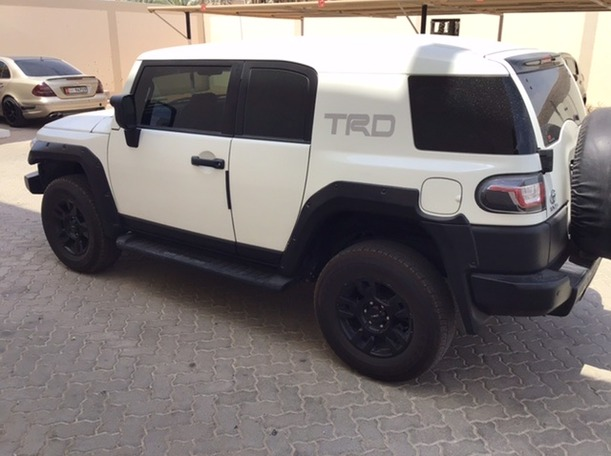 Used 2015 Toyota FJ Cruiser for sale in sharjah
