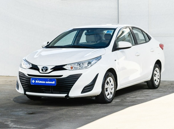 Used 2018 Toyota Yaris for sale in abudhabi
