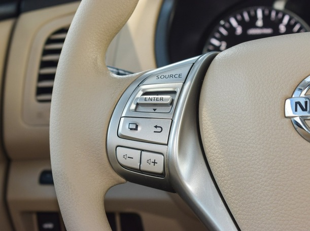 Used 2018 Nissan Altima for sale in ajman