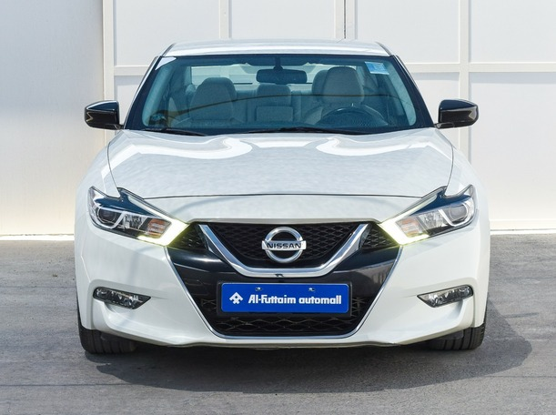 Used 2018 Nissan Maxima for sale in ajman