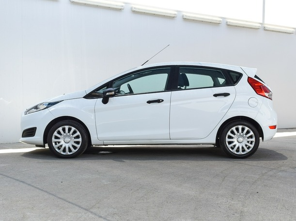 Used 2017 Ford Fiesta for sale in abudhabi