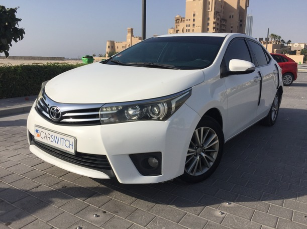 Used 2015 Toyota Corolla for sale in sharjah