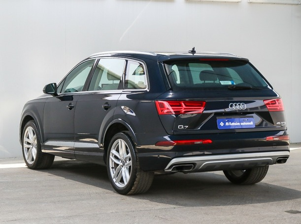 Used 2018 Audi Q7 for sale in sharjah