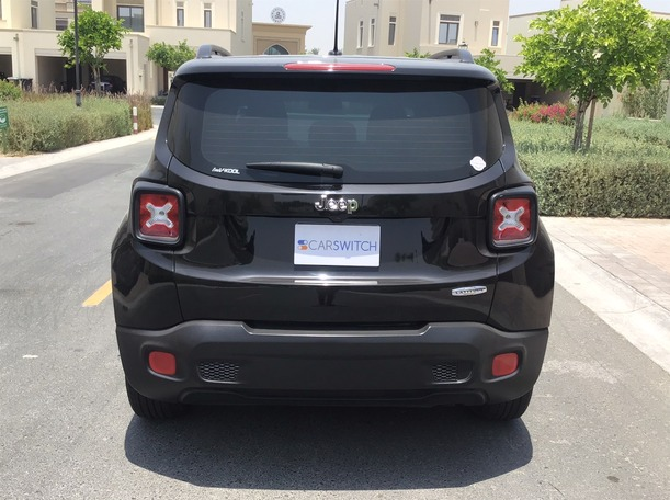Used 2017 Jeep Renegade for sale in dubai