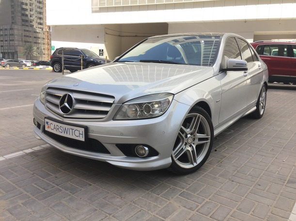Used 2011 Mercedes C200 for sale in sharjah