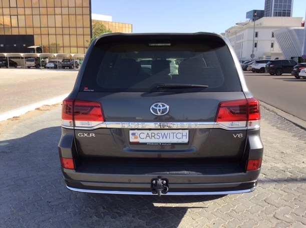 Used 2019 Toyota Land Cruiser for sale in abudhabi