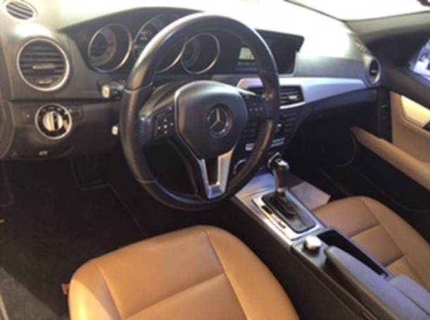 Used 2014 Mercedes C200 for sale in abudhabi