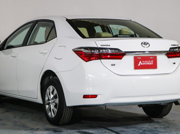 Used 2018 Toyota Corolla for sale in sharjah