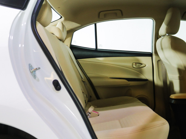 Used 2019 Toyota Yaris for sale in sharjah