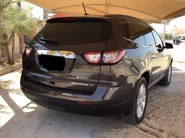 Used 2015 Chevrolet Traverse for sale in abudhabi