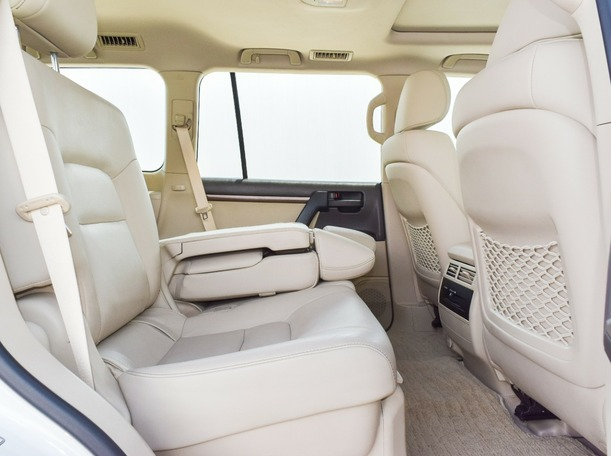 Used 2019 Toyota Land Cruiser for sale in sharjah
