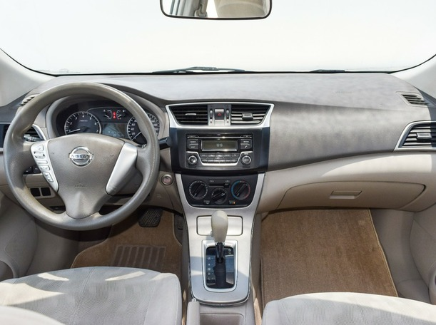 Used 2016 Nissan Sentra for sale in abudhabi