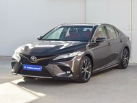 Used 2018 Toyota Camry for sale in sharjah