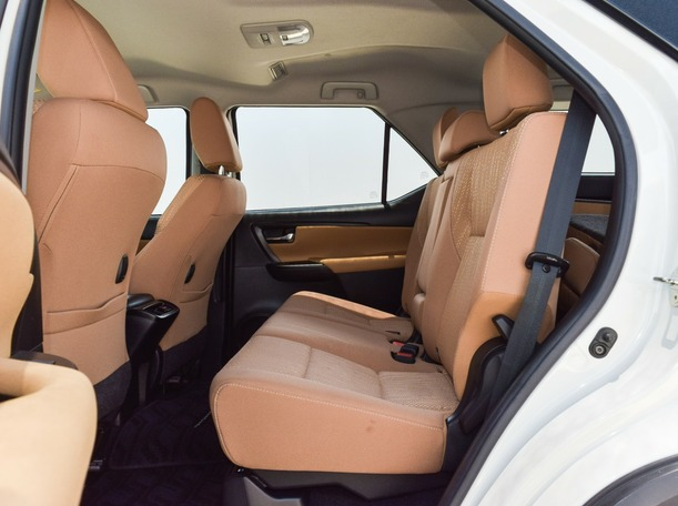 Used 2018 Toyota Fortuner for sale in sharjah
