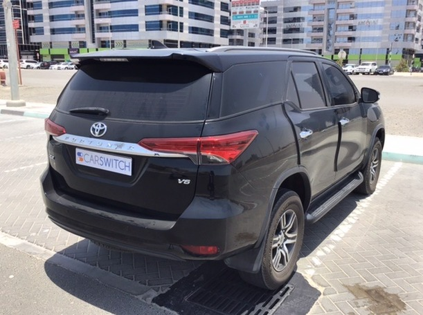 Used 2016 Toyota Fortuner for sale in abudhabi