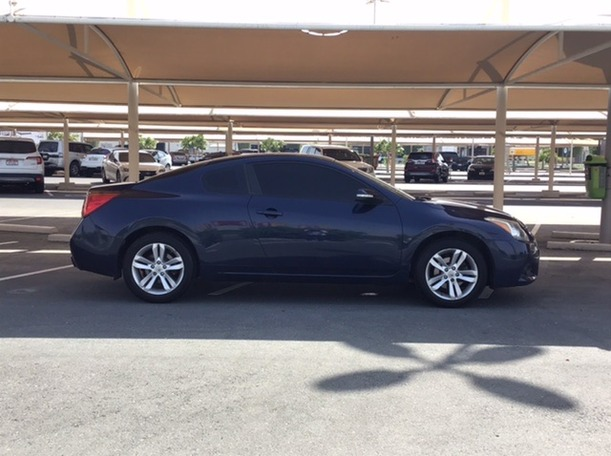 Used 2012 Nissan Altima for sale in abudhabi