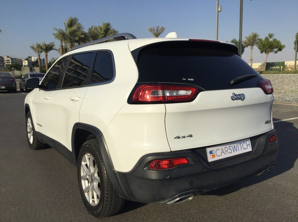 Used 2015 Jeep Cherokee for sale in dubai