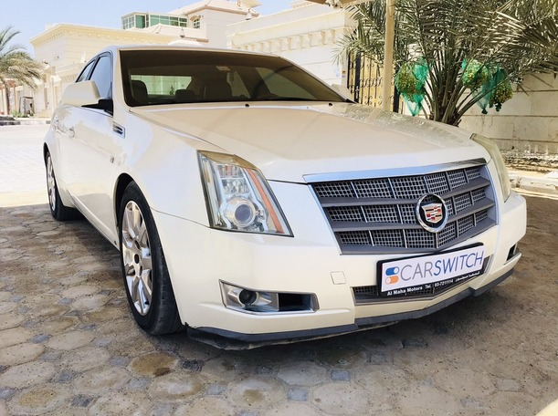 Used 2009 Cadillac CTS for sale in abudhabi