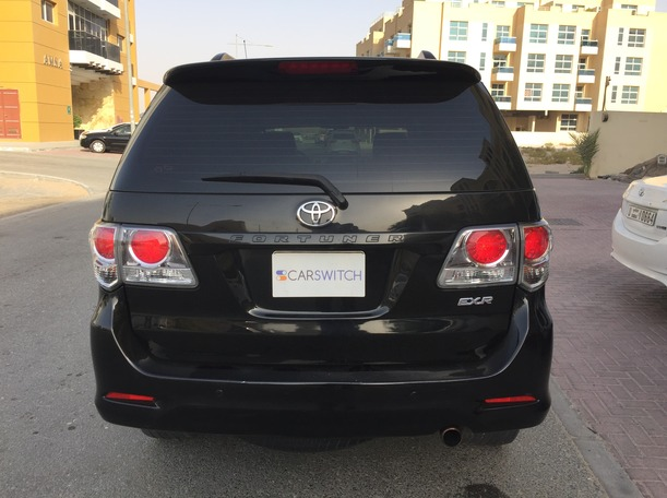 Used 2014 Toyota Fortuner for sale in dubai