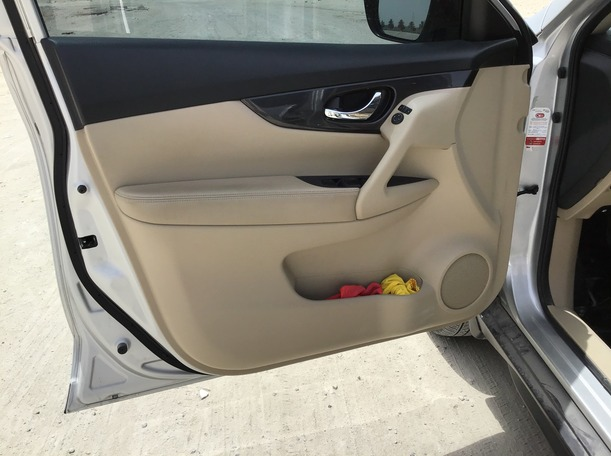 Used 2019 Nissan X-Trail for sale in dubai