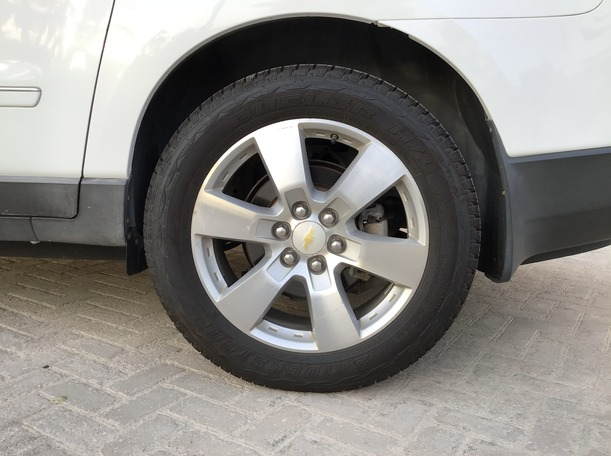 Used 2009 Chevrolet Traverse for sale in abudhabi