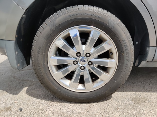 Used 2010 Ford Edge for sale in abudhabi