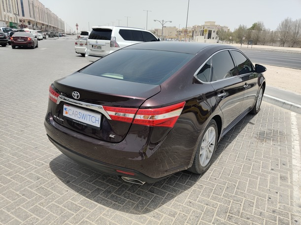 Used 2013 Toyota Avalon for sale in abudhabi