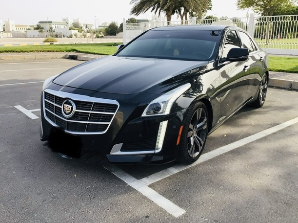Used 2014 Cadillac CTS for sale in abudhabi