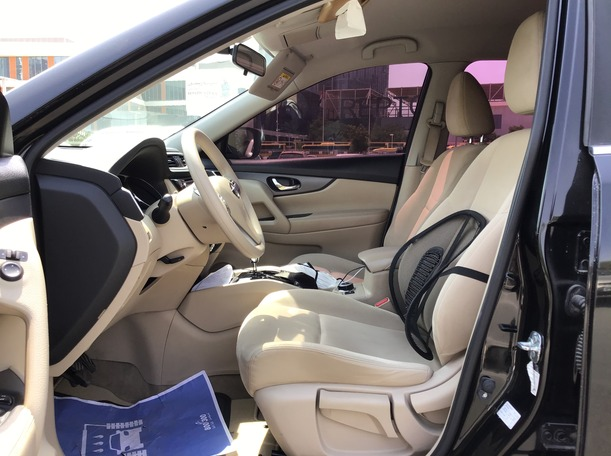 Used 2017 Nissan X-Trail for sale in abudhabi