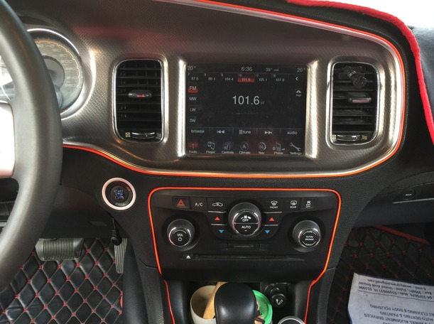 Used 2013 Dodge Charger for sale in dubai