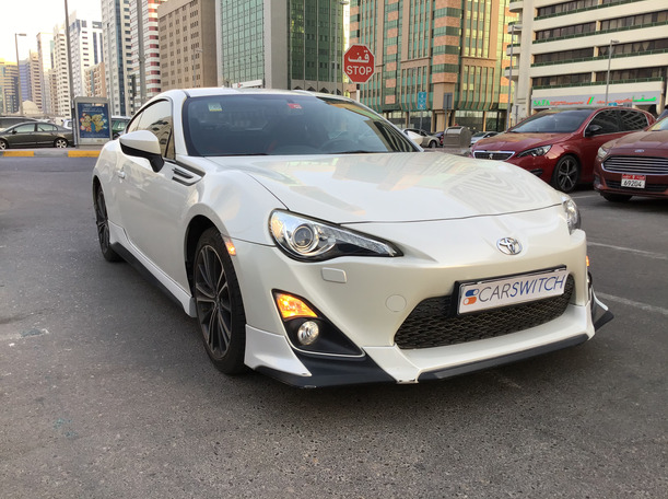 Used 2016 Toyota 86 for sale in abudhabi
