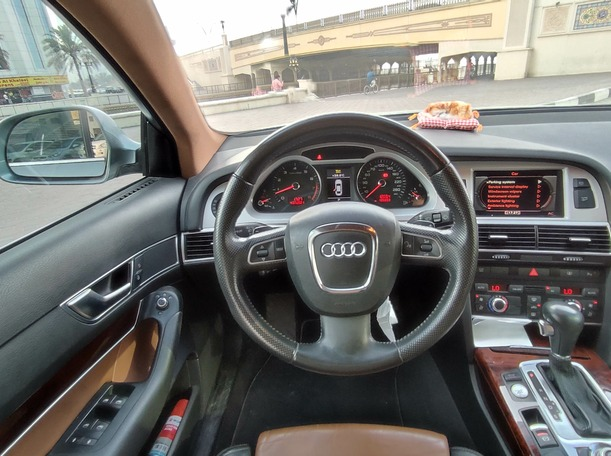 Used 2011 Audi A6 for sale in sharjah