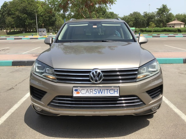 Used 2015 Volkswagen Touareg for sale in abudhabi