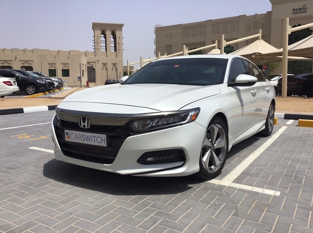 Used 2018 Honda Accord for sale in sharjah
