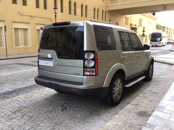 Used 2014 Land Rover LR4 for sale in dubai