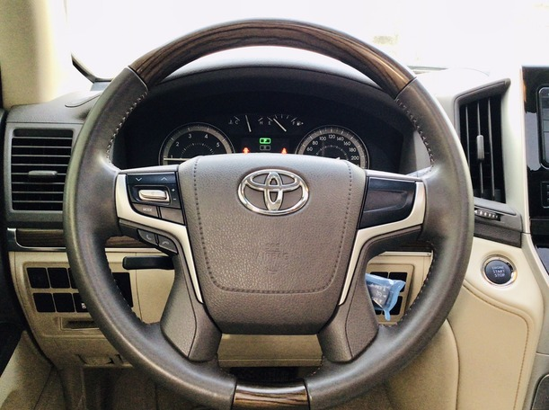 Used 2021 Toyota Land Cruiser for sale in abudhabi