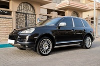 Used 2009 Porsche Cayenne S for sale in abudhabi